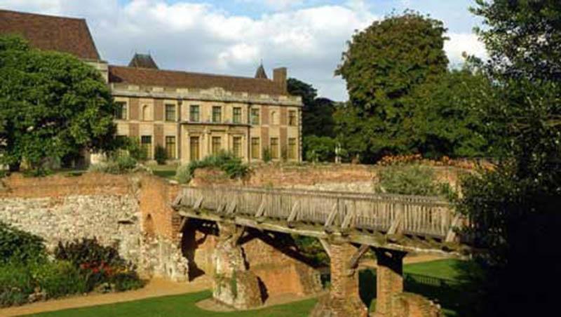 eltham_palace_gardens